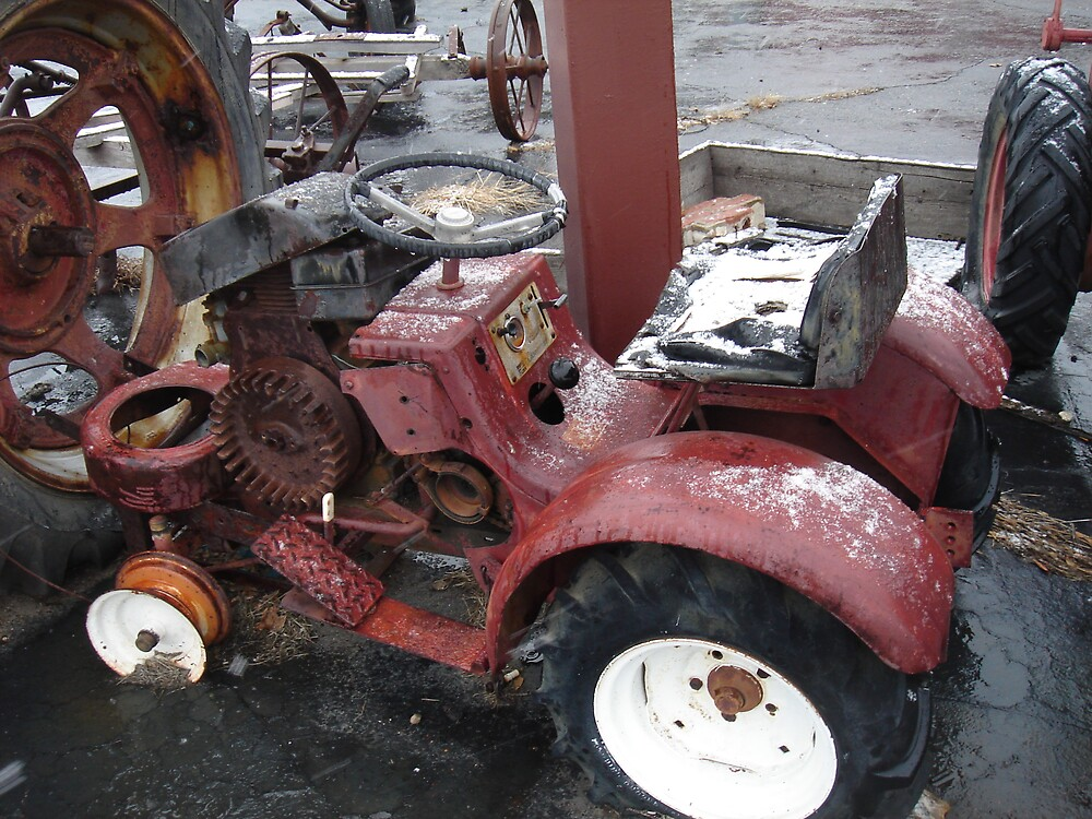 LITTLE BABY TRACTOR by sky2007