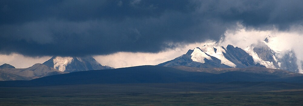 Before the storm in Bolivia by Phillip  McCordall