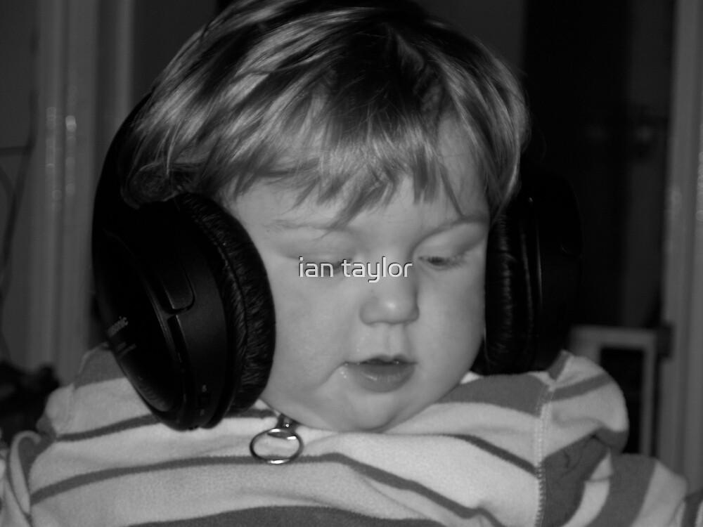 grooooovy tunes by ian taylor