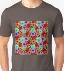 Flowers and Daisys Pattern Unisex T-Shirt