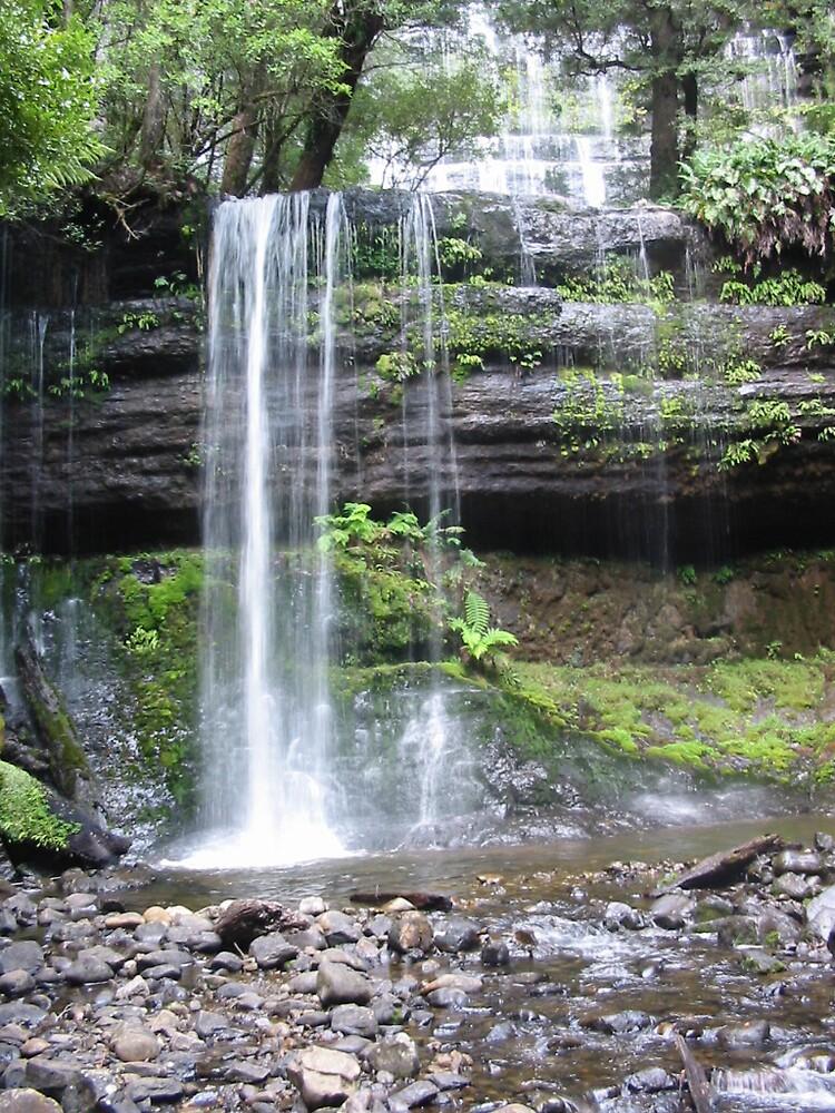 Waterfall by IslandBreeze