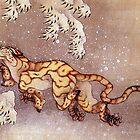 'Tiger im Schnee' von Katsushika Hokusai (Reproduktion) von RozAbellera