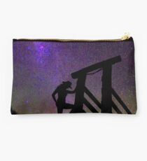 Country girl by night Studio Pouch