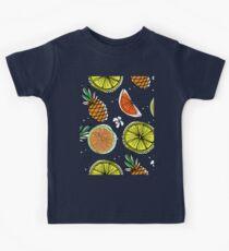 Сute seamless hand drawn background. Fresh fruits.  Kids Tee