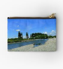 Heading Towards The Colony! - Seagulls - NZ Studio Pouch