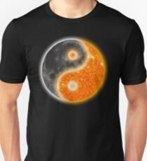 Yin Yang Like the Sun and Moon  Unisex T-Shirt