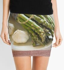 Asparagus and Garlic Mini Skirt