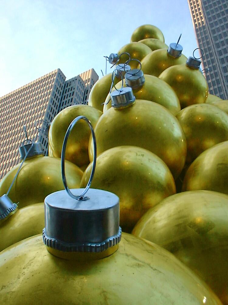 golden ornament by Jahana Bossard
