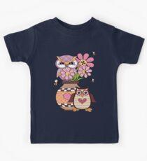 Love Owls  Kids Tee