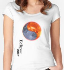 Total Eclipse 2017 apparel - totality is coming AUGUST 2017 Women's Fitted Scoop T-Shirt