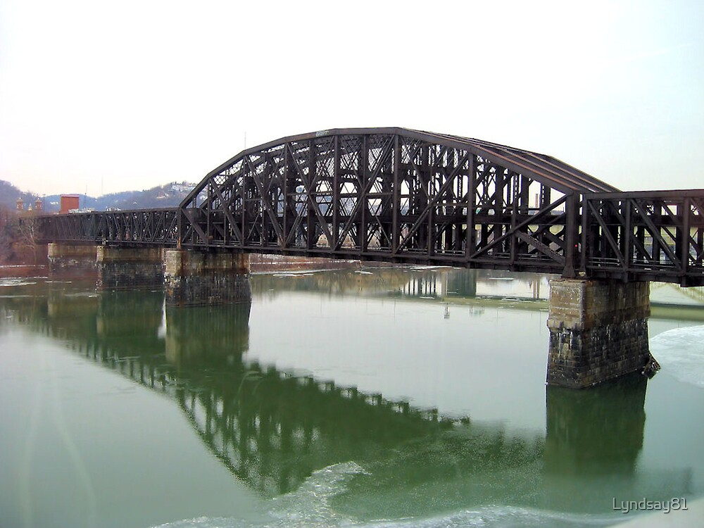 Pittsburgh Bridge by Lyndsay81