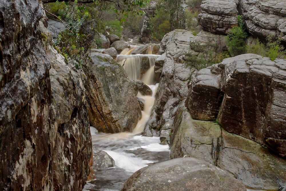 Grampians Waterfall by emmelined