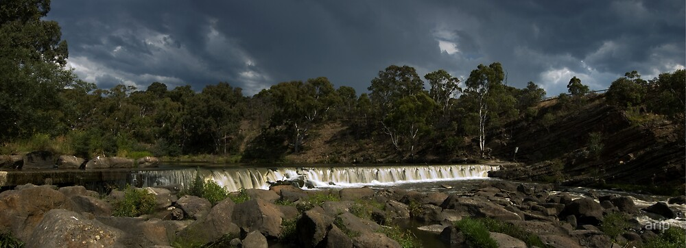 Storm rolling over Dights Falls by arip