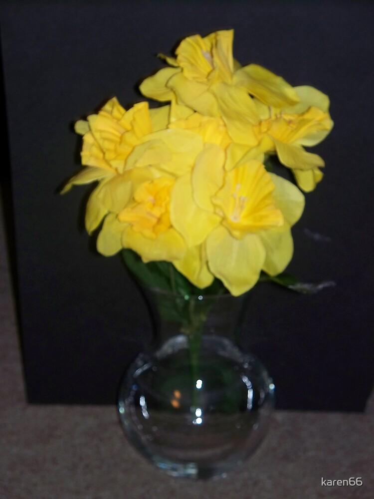 Flowers in Vase by karen66