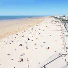 Saint Jean de monts beach, France by supercamel