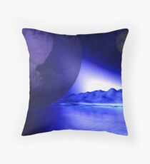 PLANETA MÃE Throw Pillow