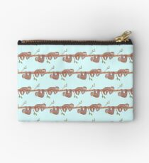 Baby Sloths hanging on Tree Pattern Zipper Pouch