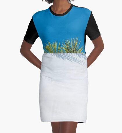 Über der tropischen Gartenmauer T-Shirt Kleid