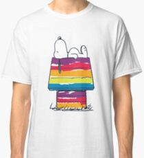 snoopy and rainbow Classic T-Shirt