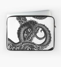 Tentacles of Cthulhu Laptop Sleeve