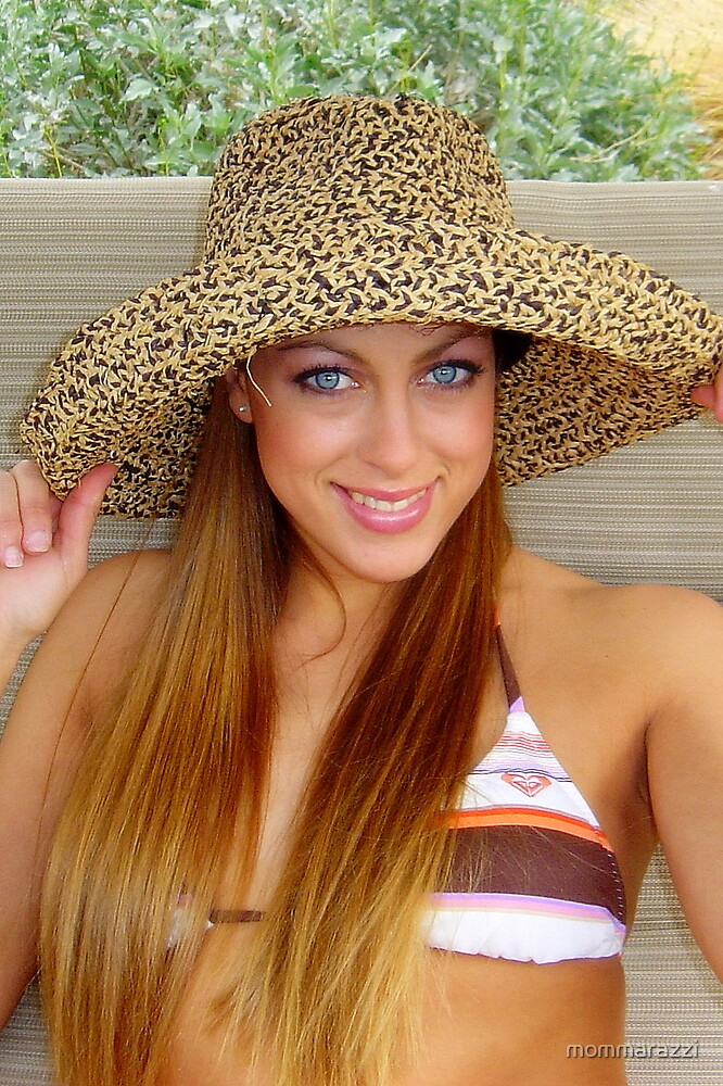 Sunhat smile by mommarazzi