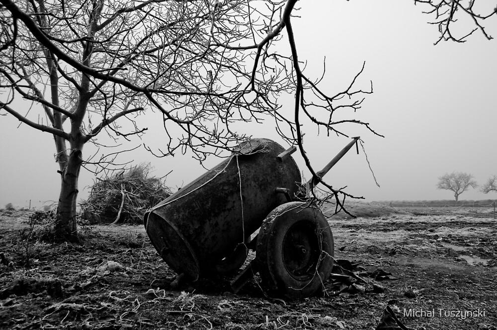 Lonely  by Michal Tuszynski