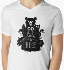 Geh Nimm eine Wanderung T-Shirt mit V-Ausschnitt für Männer
