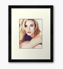 Scarlett Johansson 0057 Framed Print