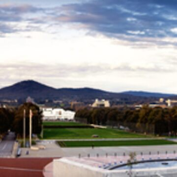 Twilight at Parliament House by dusk
