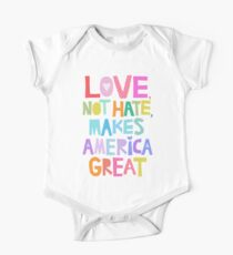 Love, not hate, makes America great Kids Clothes