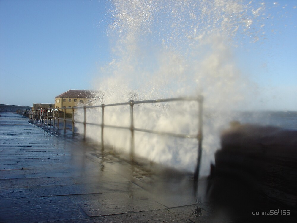 Rough sea by donna56455