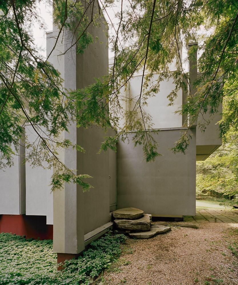 House VI, Entrance by HelenB
