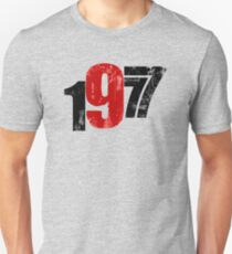 Father's Day Gift 40th Birthday Tshirt Vintage 1977 Distressed Look Unisex T-Shirt