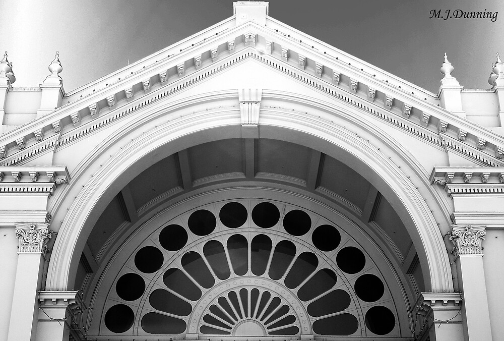Melbourne Exhibition Building by Melissa Dunning