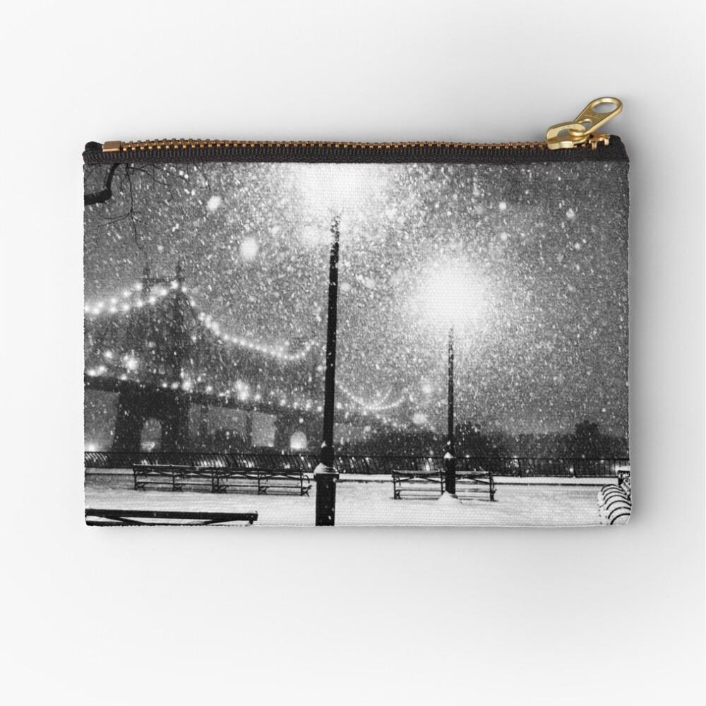 New York City Snow Zipper Pouch