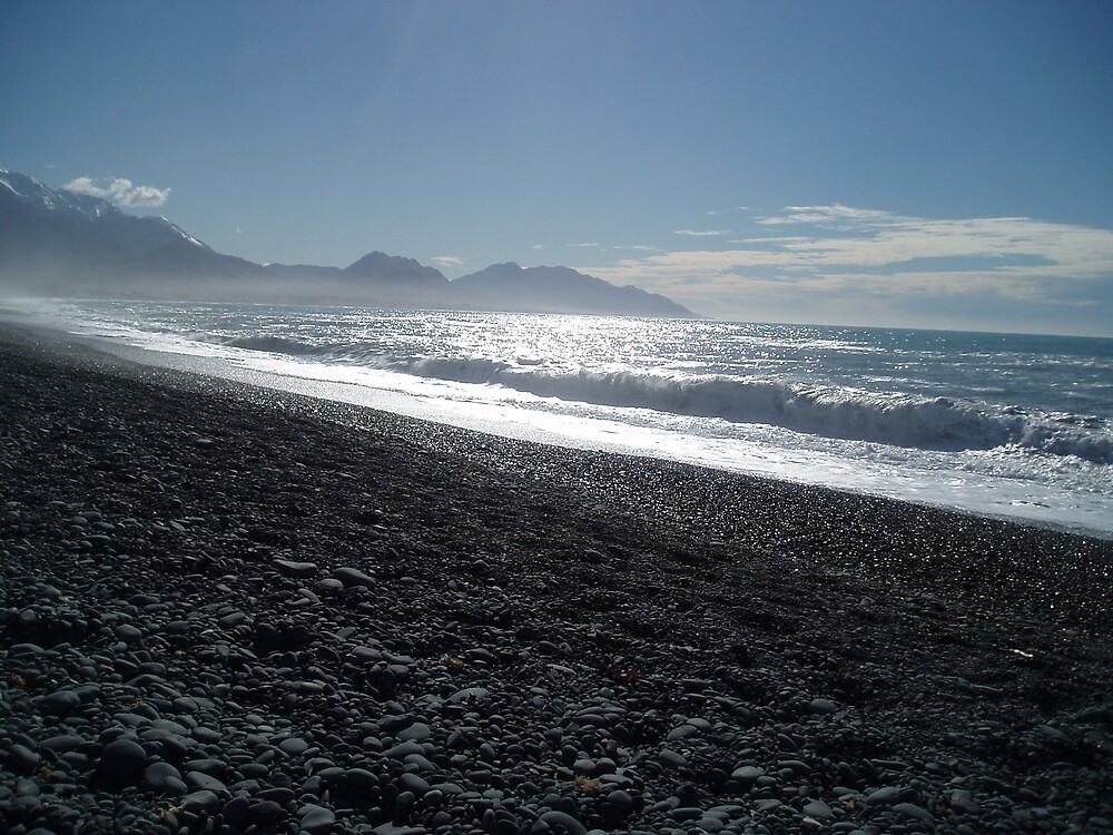 Beach - New Zealand by Justine McCreith