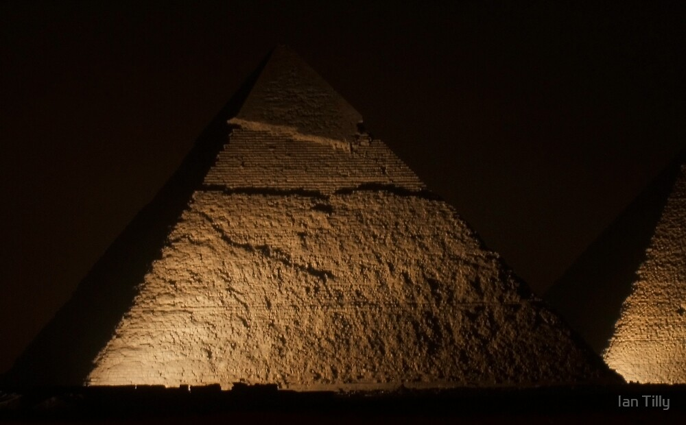 Pyramids at Night by Ian Tilly