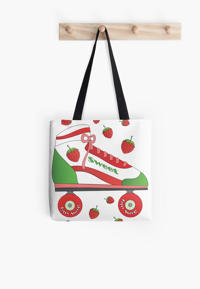 Strawberry Rollerskate by trennea