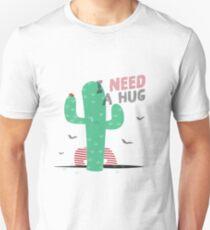 Kaktus benötigt eine Umarmung Slim Fit T-Shirt