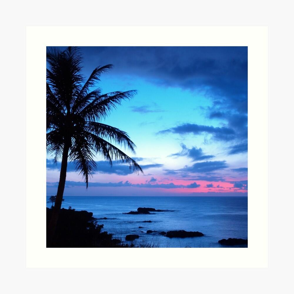 Tropical Island Pretty Pink Blue Sunset Paisaje Lámina artística