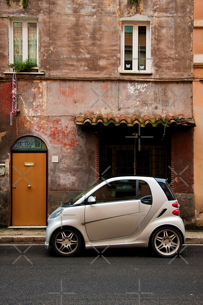 Smart Car in Rome by Andre Gascoigne