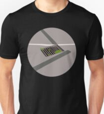 0092 grate between humps -  circle  T-Shirt