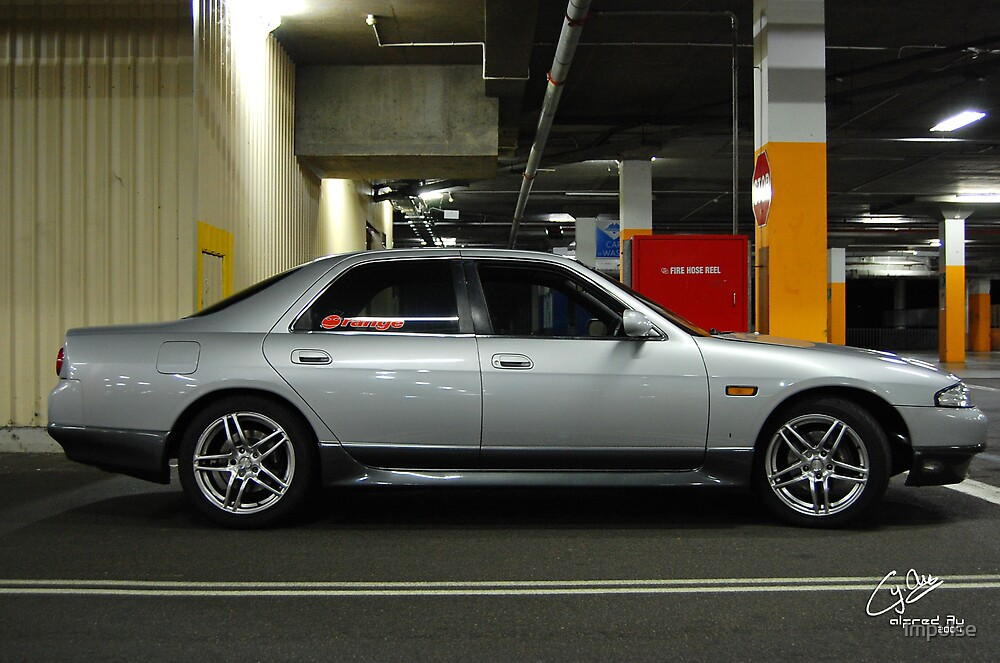 Nissan Skyline R33 Sedan Side by impulse