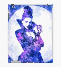 Once Upon A Time - Evil Queen (Lana Parrilla) iPad Case/Skin
