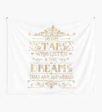 Zu den Sternen, die zuhören - weiß Wandbehang