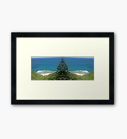 Super Sea Shorebreak Framed Print