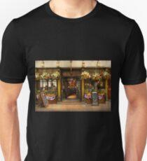 City - Boston MA - For the weary traveler Unisex T-Shirt