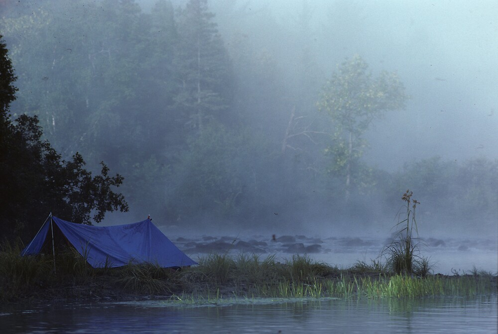 blue tent in the morning by bertspix