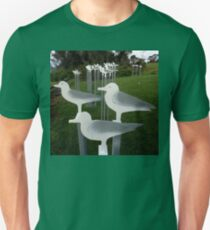 Seagulls,Sculpture Bermagui,Australia 2017 Unisex T-Shirt