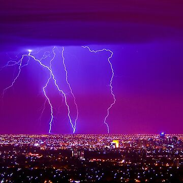 Lightning over Adelaide by AndreGascoigne